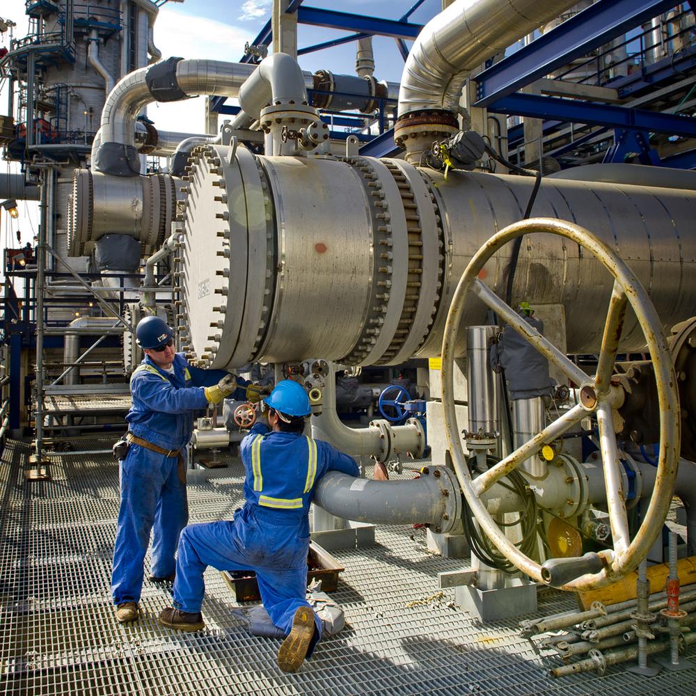Refinery Workers-3.jpg