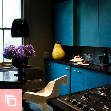10 Rooms Flaunting the Depth-Enhancing Wonder of Deep Teal