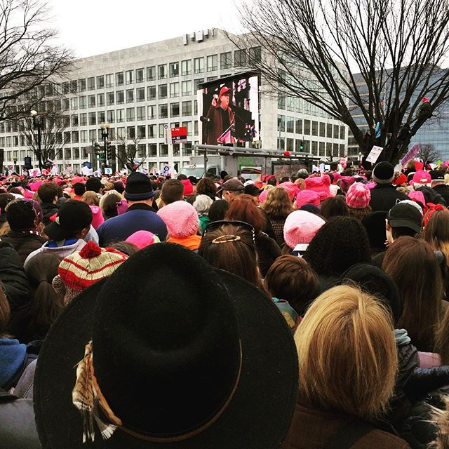 Grab back #womensmarchonwashington #womensmarch