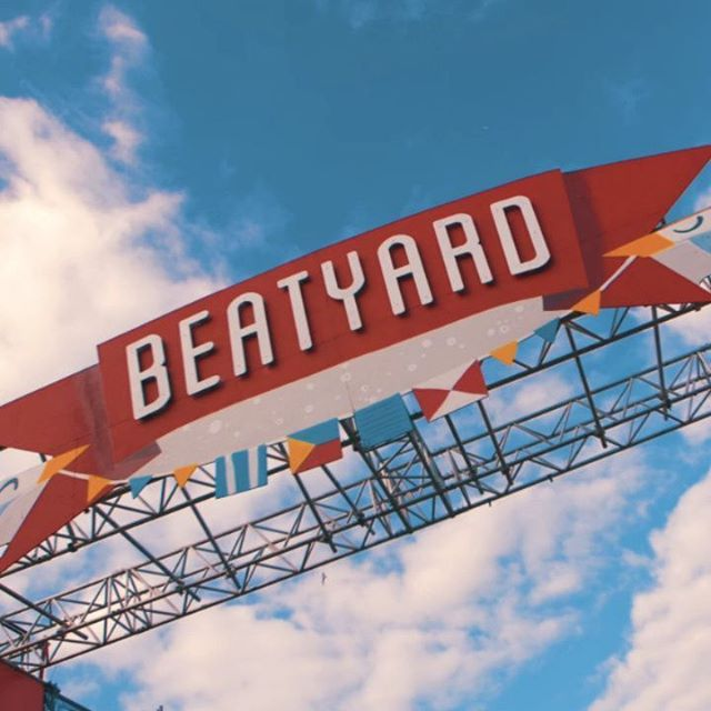 The absolute best of times @Beatyard Festival this weekend!! Shooting, editing and sharing content on site, trying our hardest to capture all the fun & games that were had. .  As always it's more than work when we get to join our buddies @bodytonicmusic and watch them do what they do best. World. Class. Stuff. 👏👏👏🤘🤘🤘🤘🌞 . . .  Snippita of some of the 20+ videos and countless stills shoots we produced over the weekend. Props to the amazing HTV crew @leonardoportes @willrock93 @alanrowlette @billpierce94 @faoife_flarke  #orbital #thejacksons #sugarhillgang #modeselektor #thewailers #beatyard #dublin #bodytonic#eatyard #lovindublin #festival#nauticalboogie #dunlaoghaire #music#visitdublin #ireland #festivals #dance#boogie #streetfood #brewtonic#concreteunderyerfeet #music #summer#summer2018 #musicfestival #lovewhatyoudo #videoproduction #video #videopgraphy #photography