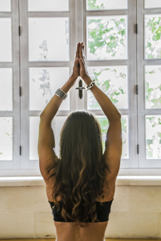 """""""Il mio corpo è il mio tempio, le asana sono le mie preghiere.""""  (B.S.K. Iyengar)"""