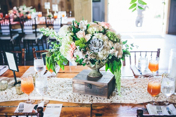 country-meets-bohemian-wedding-in-nashville-42-600x400.jpg