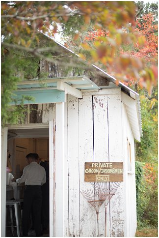 Fab-You-Bliss-Wedding-Blog-Craig-Kelsey-Photography-Brightfield-Farms-Autumn-Wedding-11.jpeg