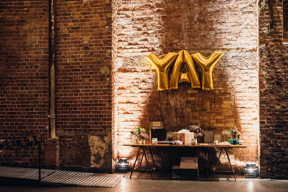 Wedding-Photography-Village-Underground-Shoreditch-104.jpeg