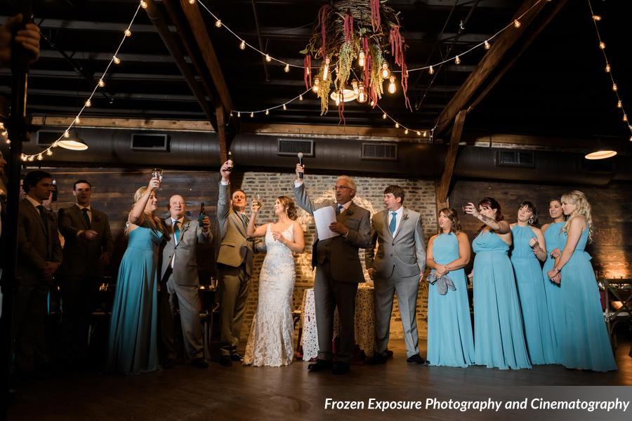 Scott_Mondelli_FrozenExposurePhotographyandCinematography_FavesMondelliWedding224_low.jpg