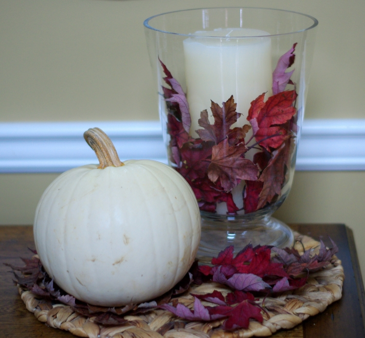 I paired this vase with a white pumpkin for great contrast.
