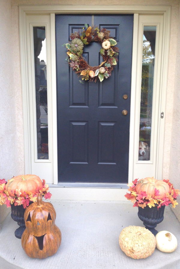 october-front-door-decor