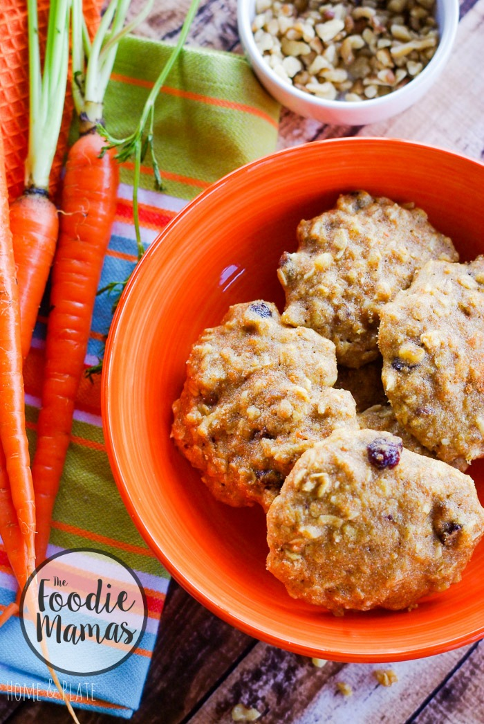 Soft Batch Oatmeal Carrot Cake Cookies | www.homeandplate.com | They're sweetened with pure maple syrup and packed with healthy goodness. They are perfect for breakfast or an anytime snack. #FoodieMamas