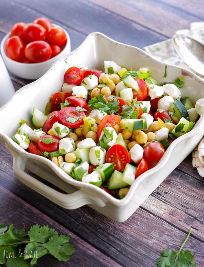 Middle Eastern Chickpea and Vegetable Salad | www.homeandplate.com | Bring home the flavors of the Middle East in this easy and healthy vegetable side dish.