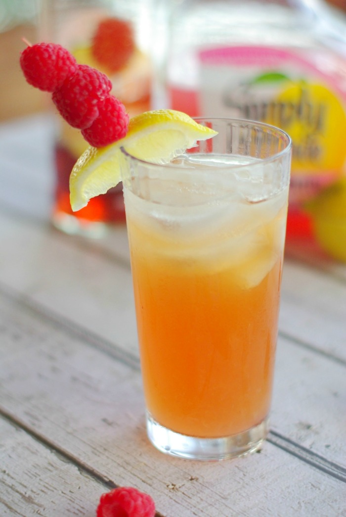 Firefly-raspberry-lemonade-cocktail.jpg