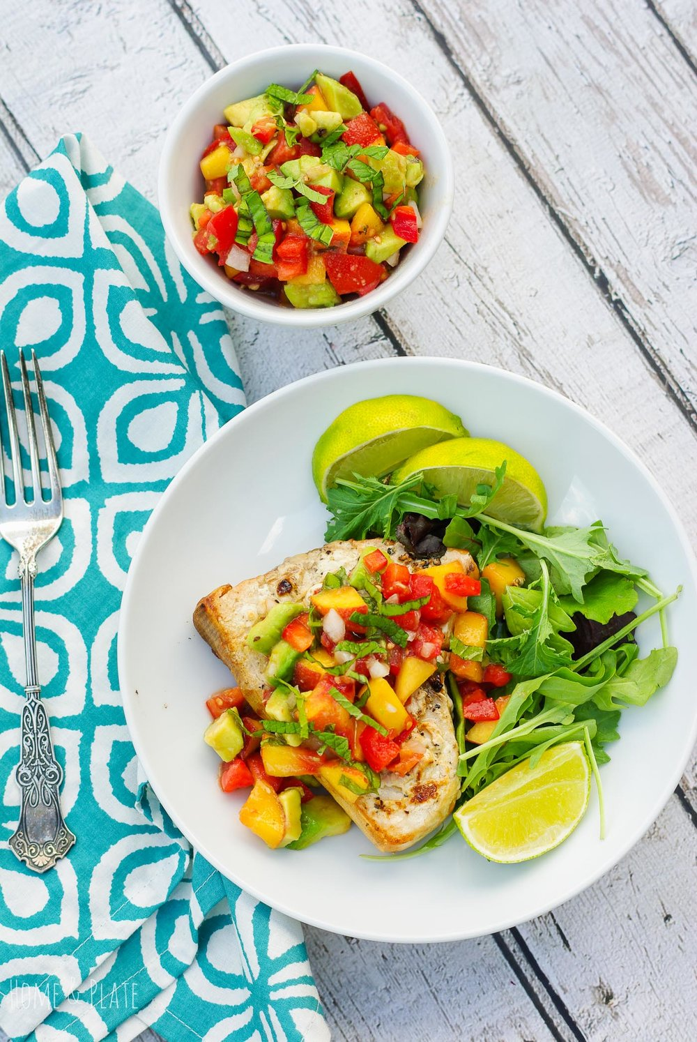 Grilled Swordfish with a Fruit Salsa | www.homeandplate.com | Take advantage of these late summer and fall evenings with a grilled swordfish dinner served with a fresh fruit salsa that's light and delicious.
