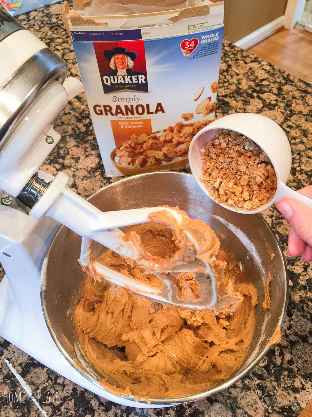 granola-blondie-bars-recipe-2.jpg