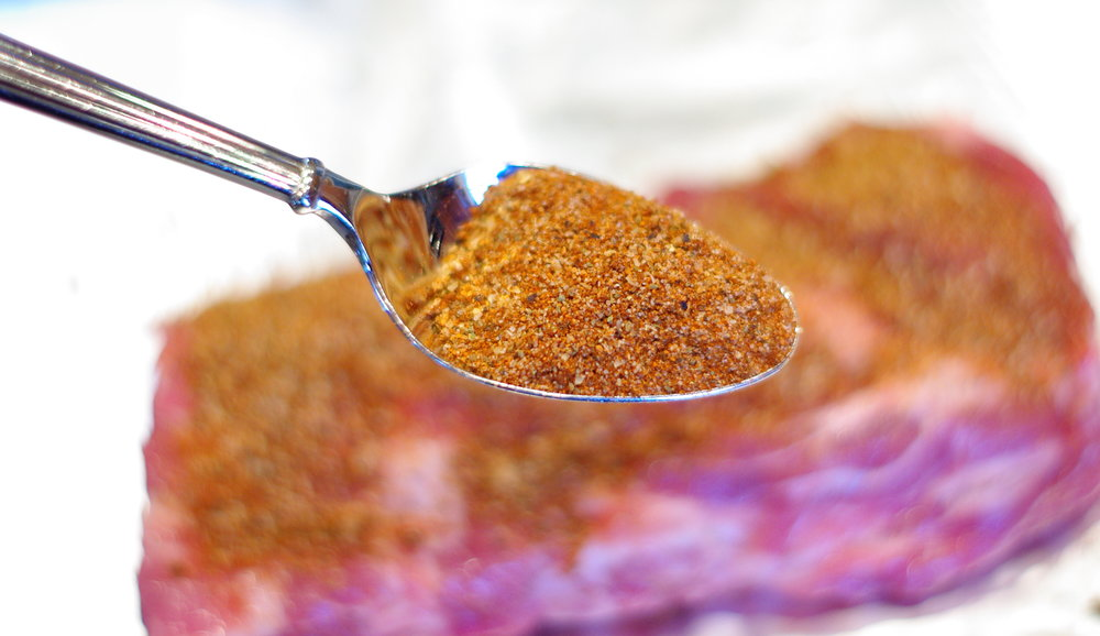 Basic Barbecue Rub | This simple and basic barbecue rub is the best seasoning for tastier ribs, beer can chicken and anything that that goes on the grill.