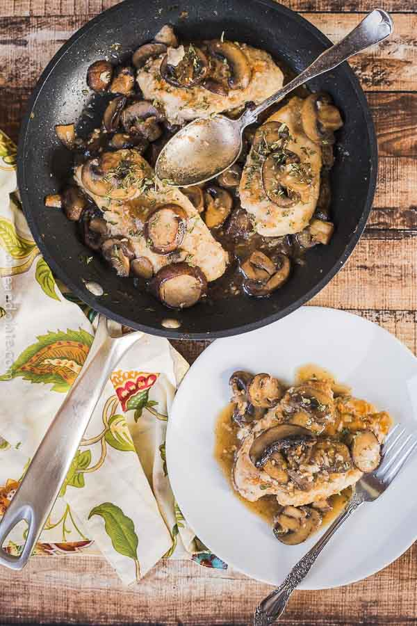 Easy 30 Minute Chicken Marsala | This easy chicken marsala can be made on the stove top in under 30 minutes and is loaded with mushrooms.Easy 30 Minute Chicken Marsala | This easy chicken marsala is my go-to dish for a midweek meal and it can be whipped up in under 30 minutes.