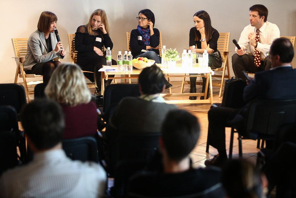 Milena Zupanič, Delo;Lucija Petavs, Medicina Danes;Vesna Tomaževič, Pharmonia;Anja Gorenc, STA; Gregor Cuzak, HealthDay.si