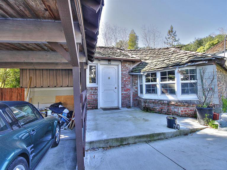 154 Fairbanks Ave. San Carlos, CA