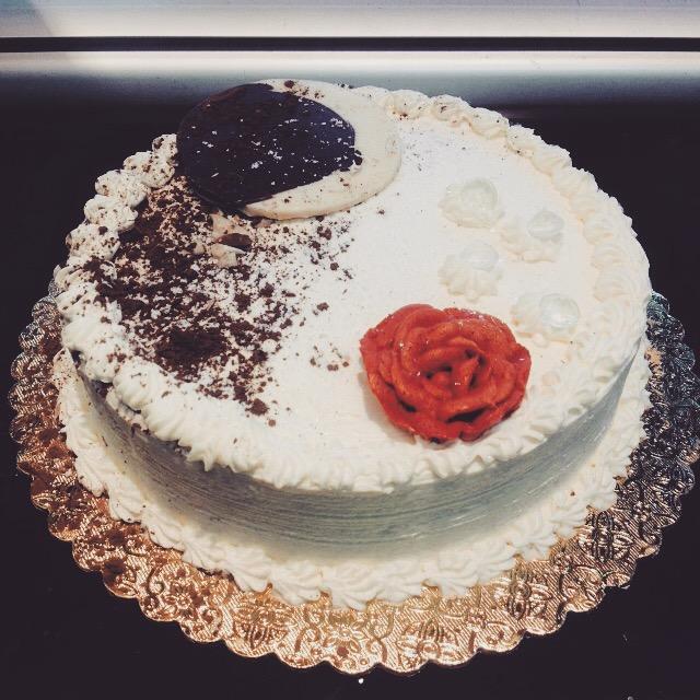 Selena Style Cake