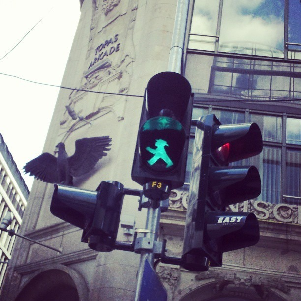 When I'm in Berlin my favorite part of walking through downtown is the freshest greenlights of all time
