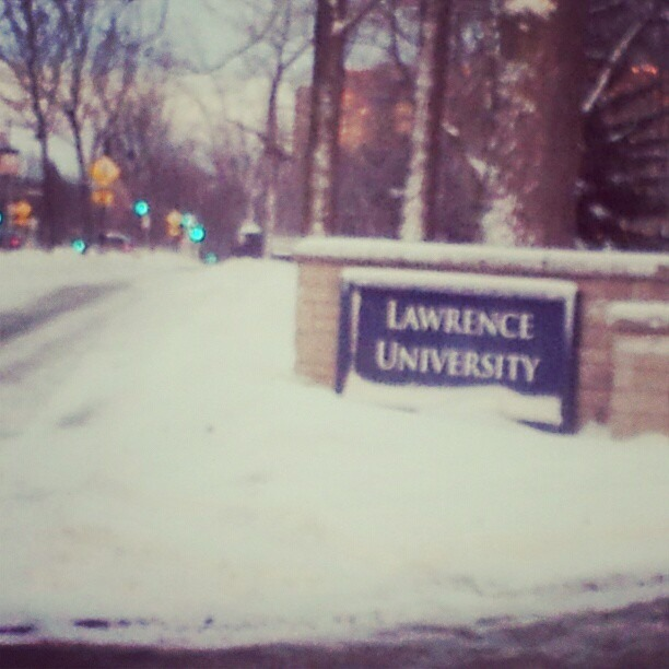 I'm presenting at Lawrence University tonight in #Tropical Appleton, WI. My lecture is on Hip-Hop as a reaction to poverty and a source of love and resistance.