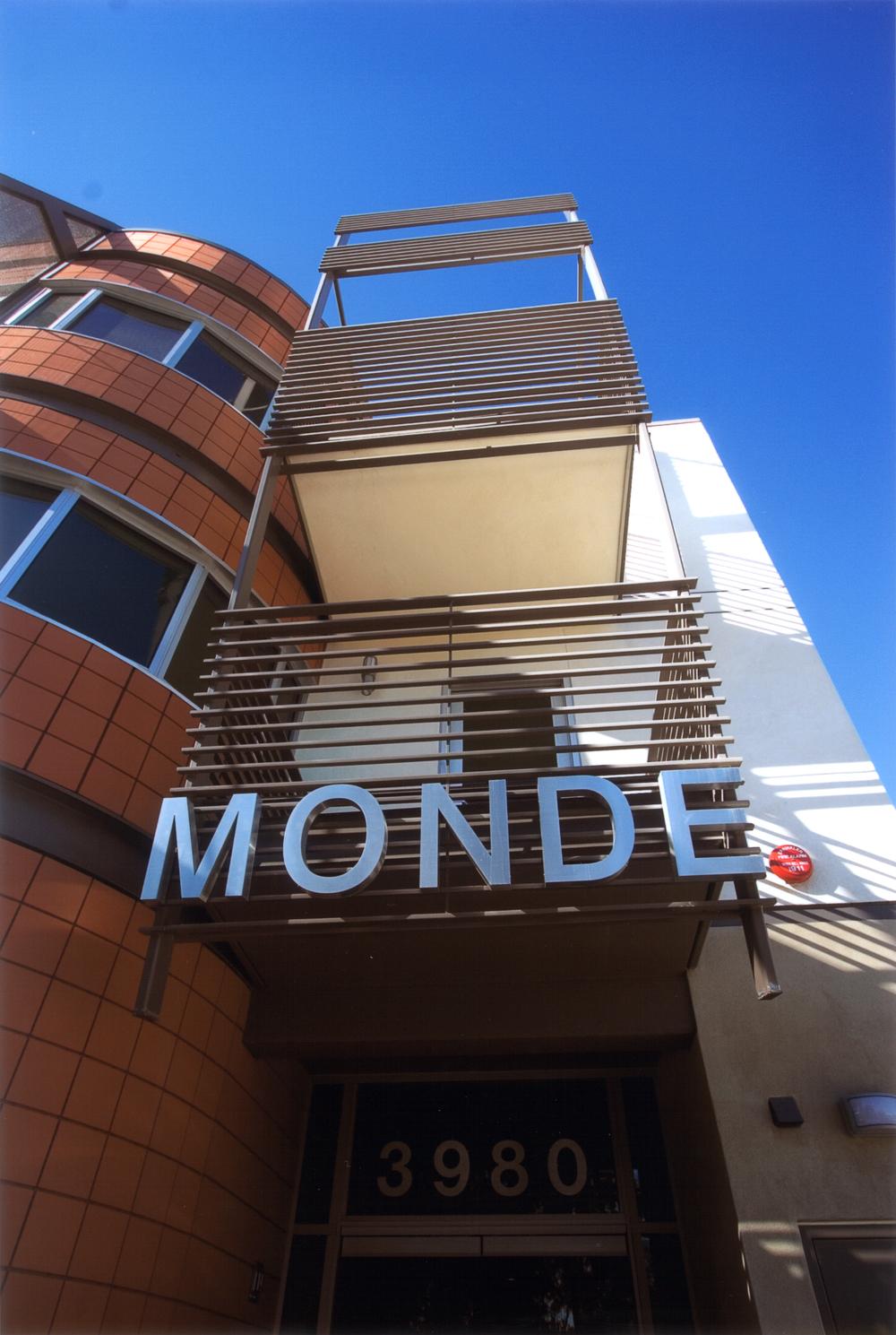 MONDE  SAN DIEGO, CALIFORNIA U.S.A.
