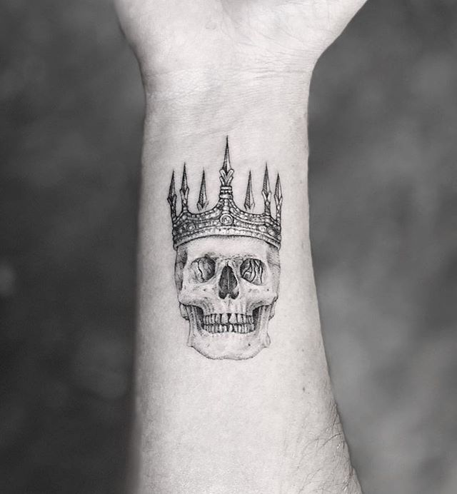 @mr.k_tattoo 💀👑 @mr.k_tats