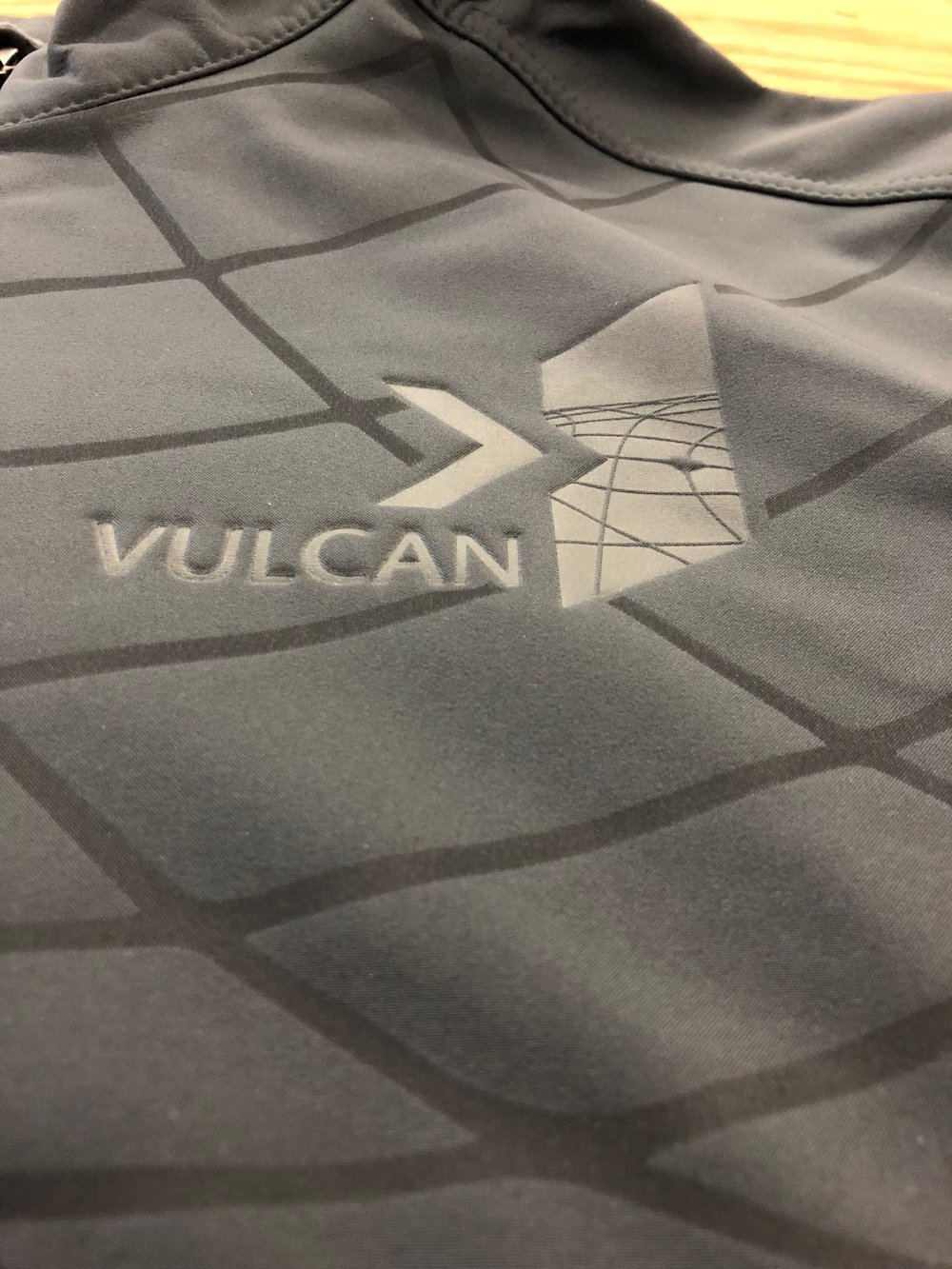 logounltd_laser_etching_embroidery_screen_printing_corporate_apparel_uniform_custom_tshirts_uniforms_dye_sublimation_kirkland_bellevue_seattle_redmond_branded_merchandise_promotional_products (29).jpg