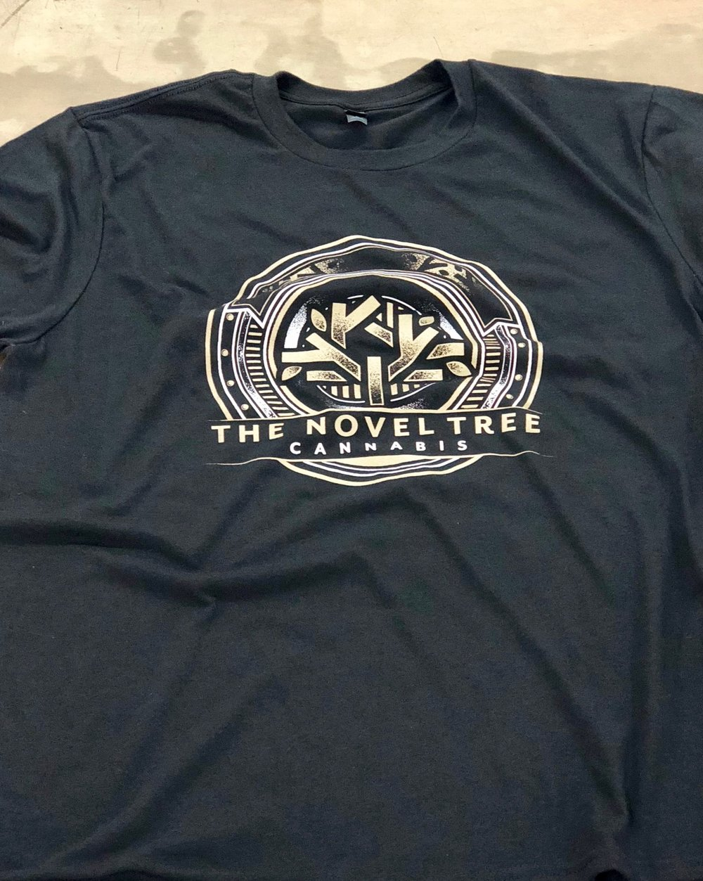 logounltd_laser_etching_embroidery_screen_printing_corporate_apparel_uniform_custom_tshirts_uniforms_dye_sublimation_kirkland_bellevue_seattle_redmond_branded_merchandise_promotional_products (23).jpg