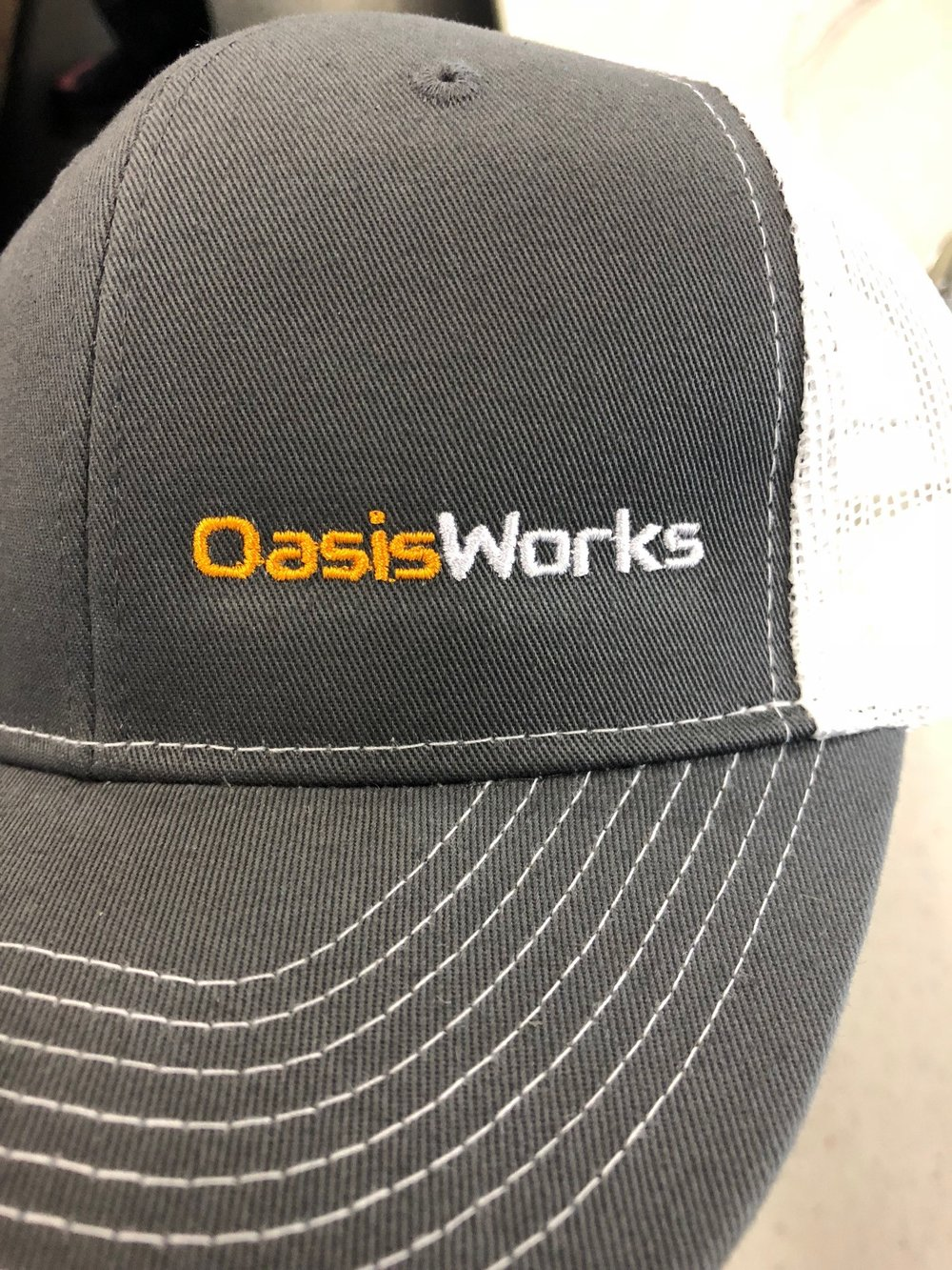 logounltd_laser_etching_embroidery_screen_printing_apparel_uniform_custom_tshirts_dye_sublimation_kirkland_bellevue_seattle_redmond_branded_merchandise_promotional_products_logo_unltd_oasisworks_tshirt_patches (1).jpg