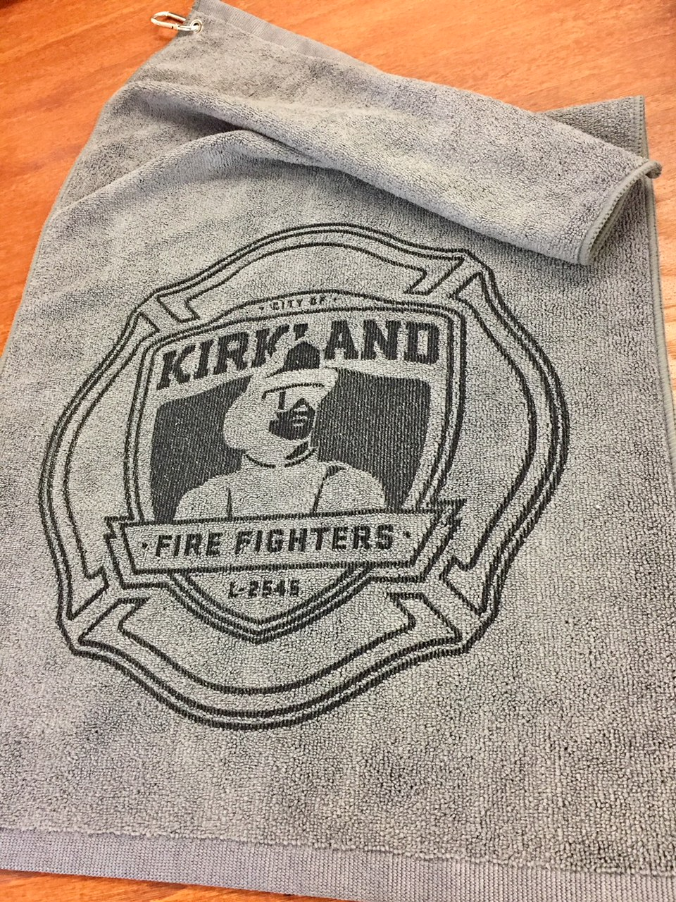 logounltd_laser_etching_embroidery_screen_printing_corporate_apparel_uniform_custom_tshirts_uniforms_dye_sublimation_kirkland_bellevue_seattle_redmond_branded_merchandise_promotional_products_logo_untd (79).jpg