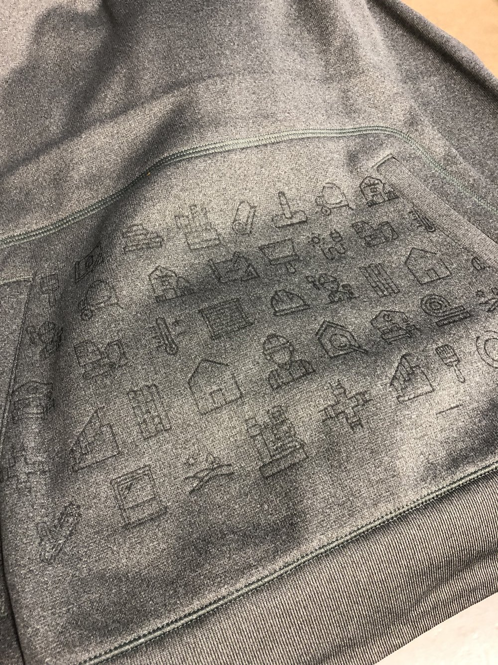 logounltd_laser_etching_embroidery_screen_printing_apparel_uniform_custom_tshirts_kirkland_bellevue_seattle_redmond_woodinville_branded_merchandise_promotional_products_logo_unltd_ tshirts_design_custom (15).jpg