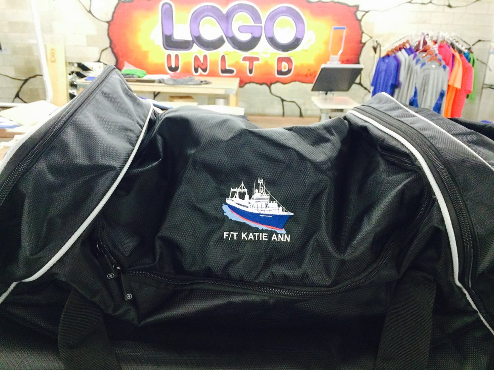 logounltd_laser_etching_embroidery_screen_printing_apparel_uniform_custom_tshirts_kirkland_bellevue_seattle_redmond_woodinville_branded_merchandise_promotional_products_logo_unltd_ tshirts_design_custom_fishing_al.jpg