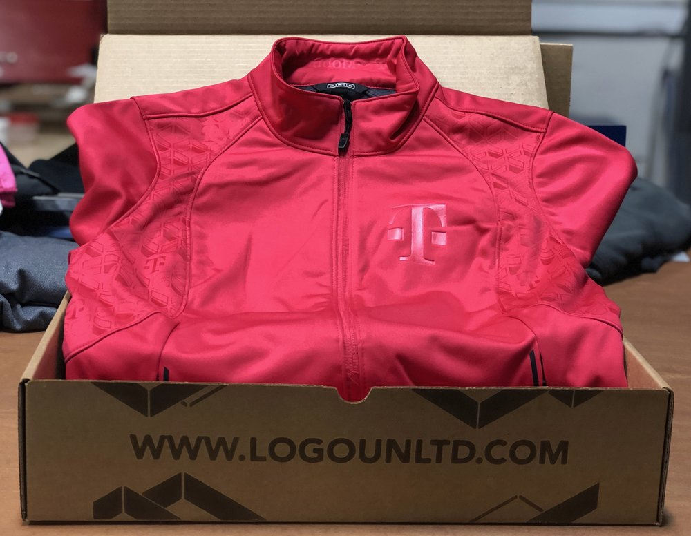 logounltd_laser_etching_embroidery_screen_printing_apparel_uniform_custom_tshirts_kirkland_bellevue_seattle_redmond_woodinville_branded_merchandise_promotional_products_logo_unltd_ tshirts_design_custom_tmobile_magenta.jpg