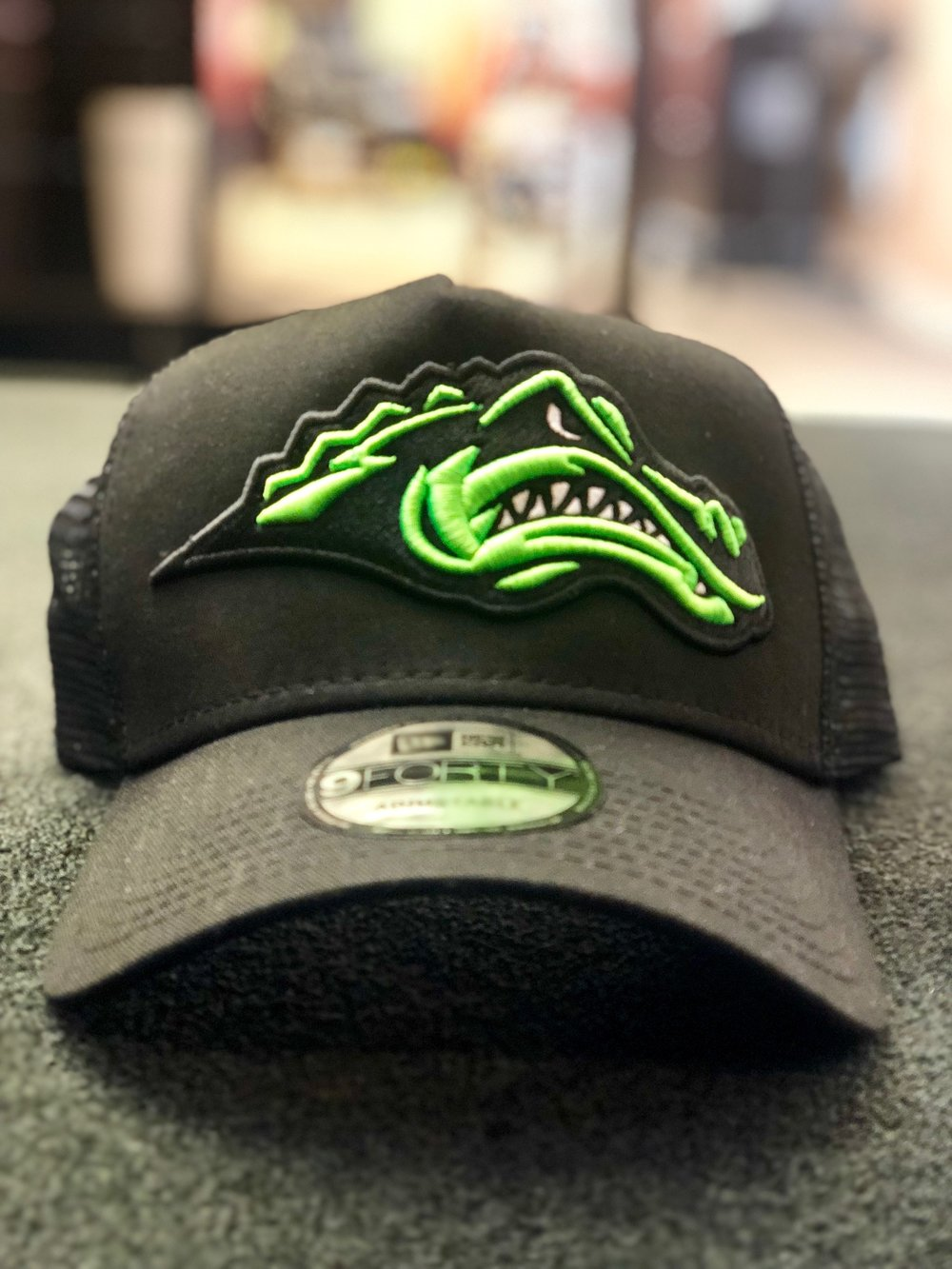 logounltd_laser_etching_embroidery_screen_printing_apparel_uniform_custom_tshirts_kirkland_bellevue_seattle_redmond_woodinville_branded_merchandise_promotional_products_logo_unltd_green_river_college_hat (1).jpg