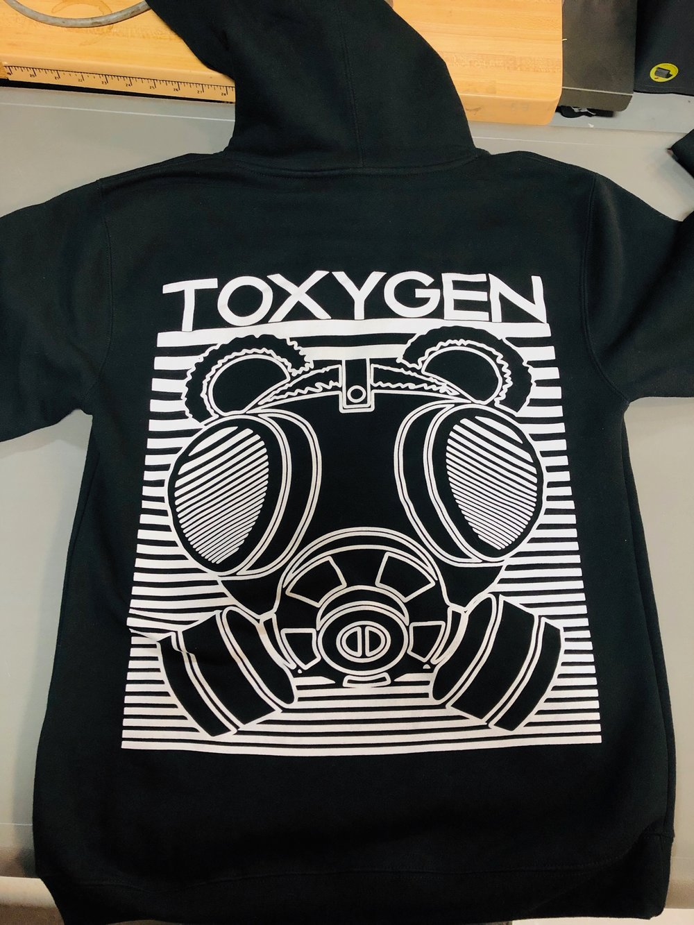 logounltd_laser_etching_embroidery_screen_printing_apparel_uniform_custom_tshirts_kirkland_bellevue_seattle_redmond_woodinville_branded_merchandise_promotional_products_logo_unltd_hoodies_toxygen (4).JPG