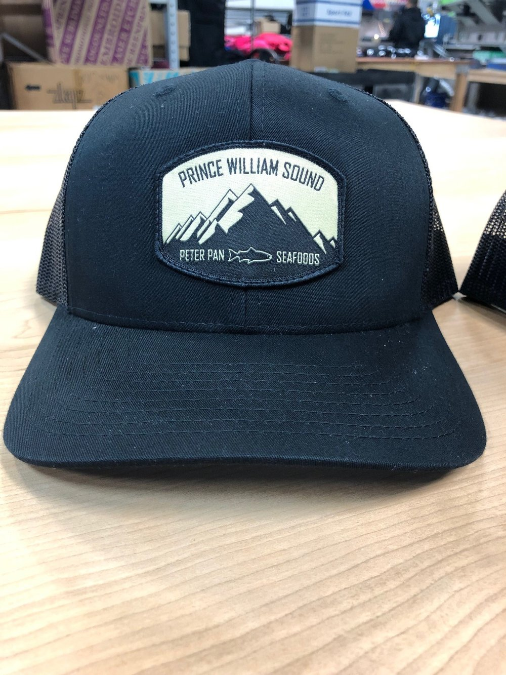 logounltd_laser_etching_embroidery_screen_printing_apparel_uniform_custom_tshirts_kirkland_bellevue_seattle_redmond_woodinville_branded_merchandise_promotional_products_logo_unltd_peterpanseafoods_alaska_veldez (4).jpg