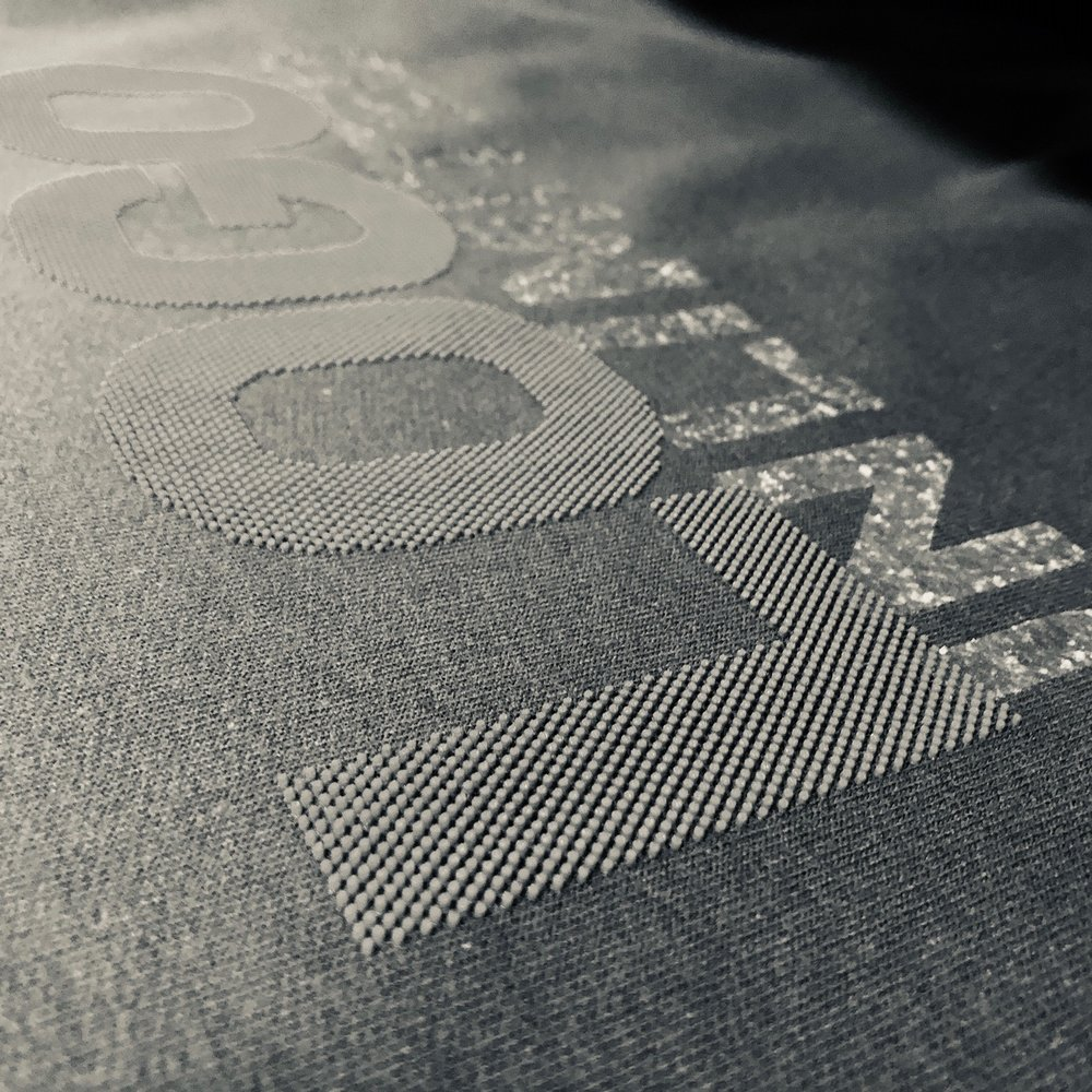 logounltd_laser_etching_embroidery_screen_printing_apparel_uniform_custom_tshirts_kirkland_bellevue_seattle_redmond_woodinville_branded_merchandise_promotional_products_logo_unltd_specialty_inks (3).jpg