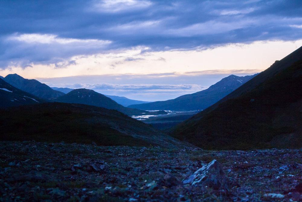 Solnedgång vid Rainbow Ridge, AK