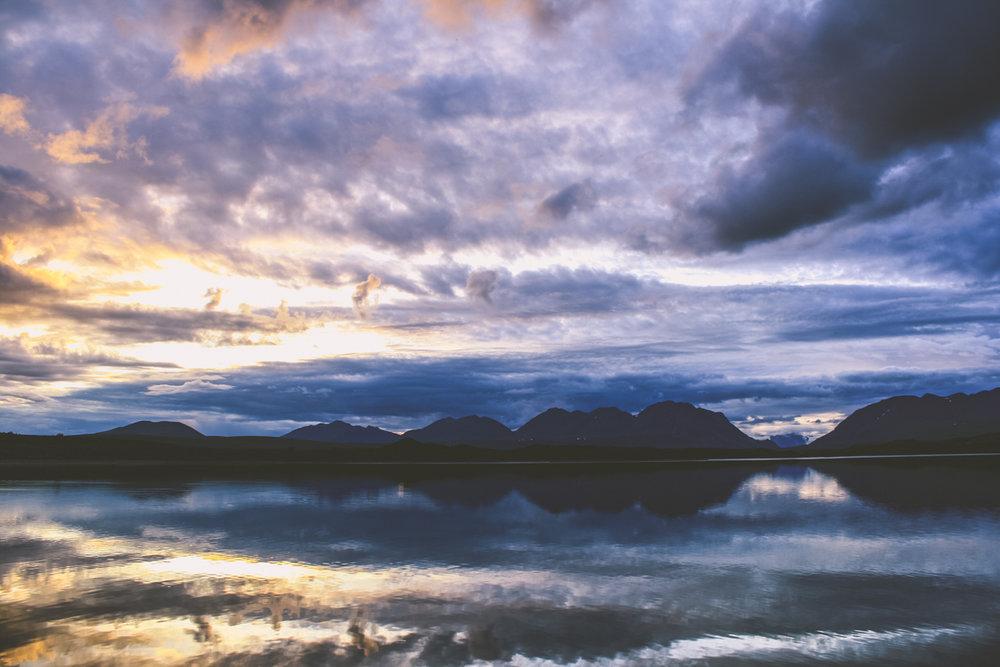 Solnedgång vid Tangle Lakes, AK