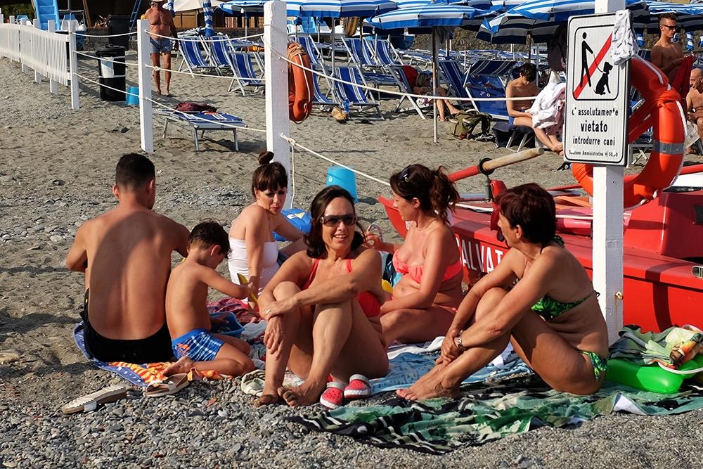 Monterosso Beachcombers