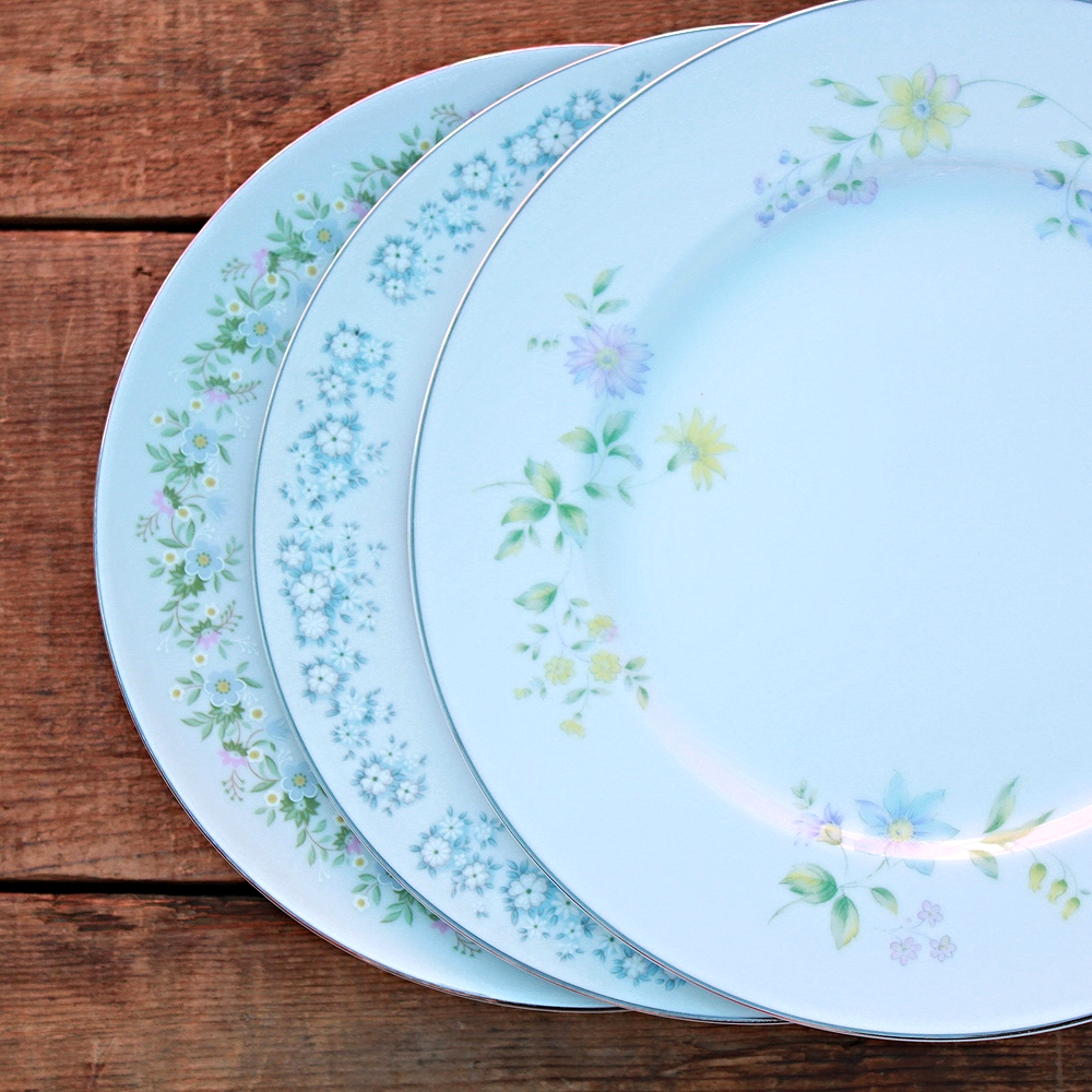 Soft Floral Collection Dinner Plates