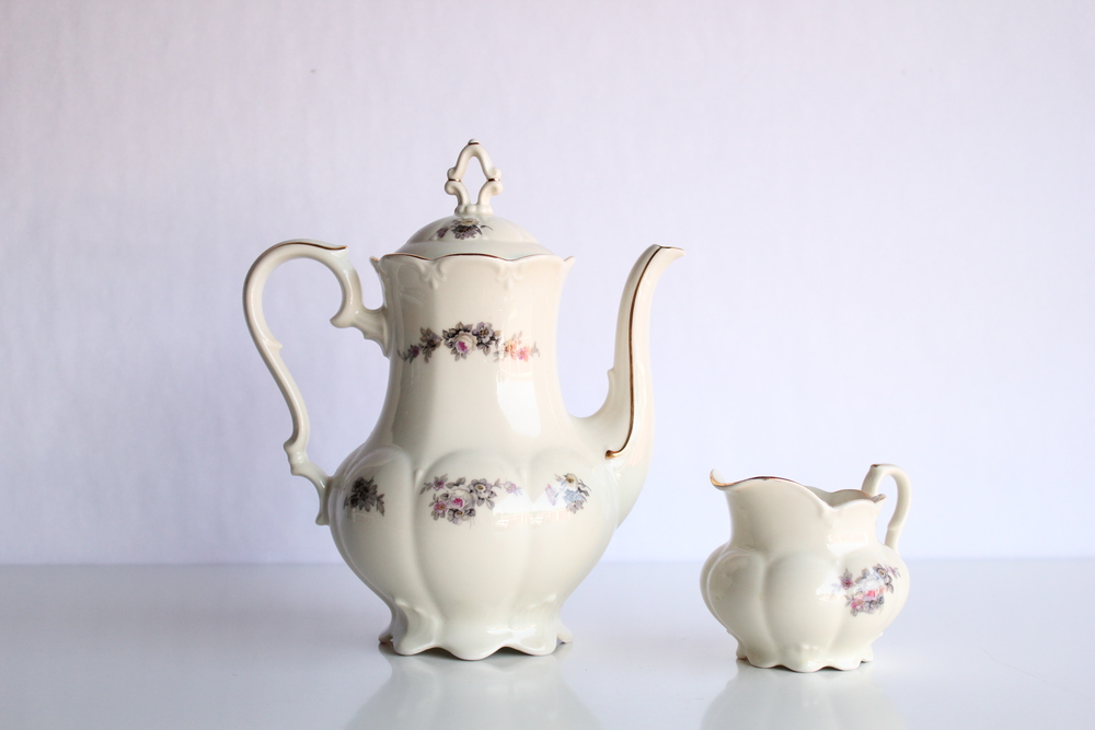 Golden Floral Collection Teapot + Creamer