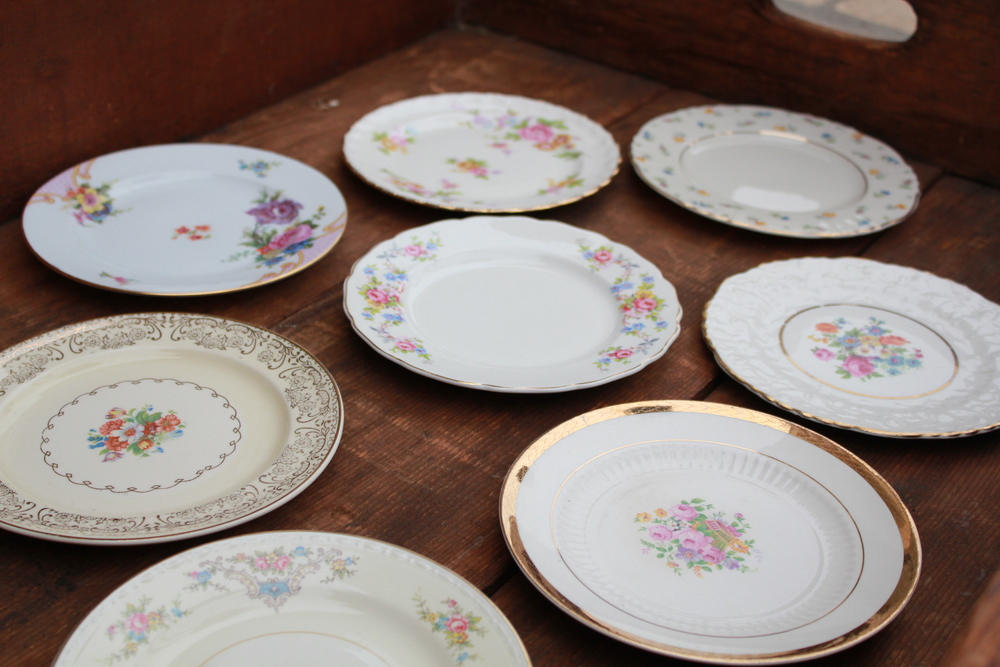 Golden Floral Collection Dessert Plates