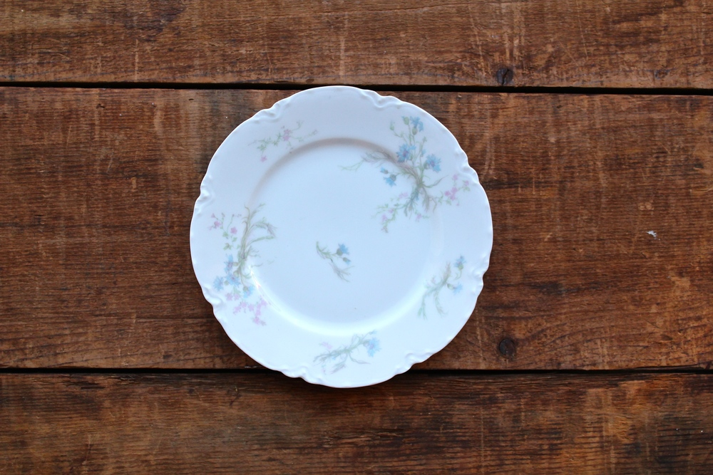 Soft Floral Collection Dessert Plates