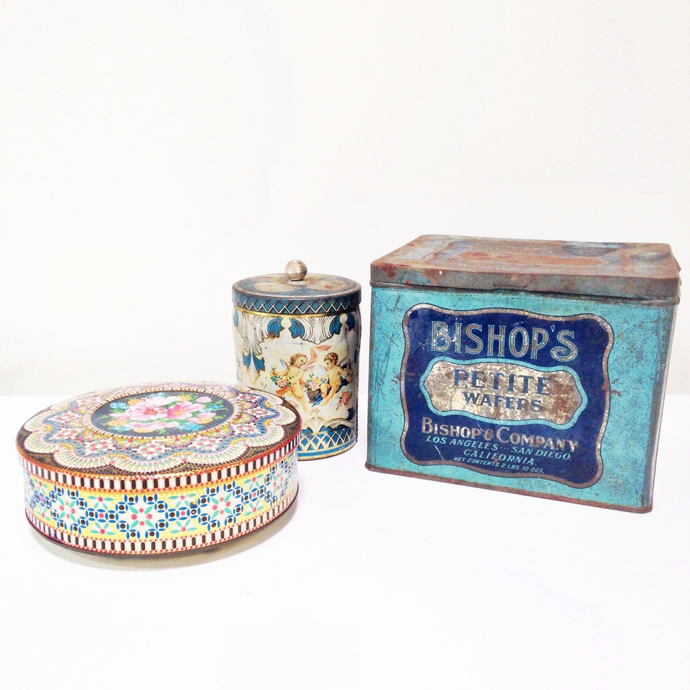 Medium/ Small Vintage Tins