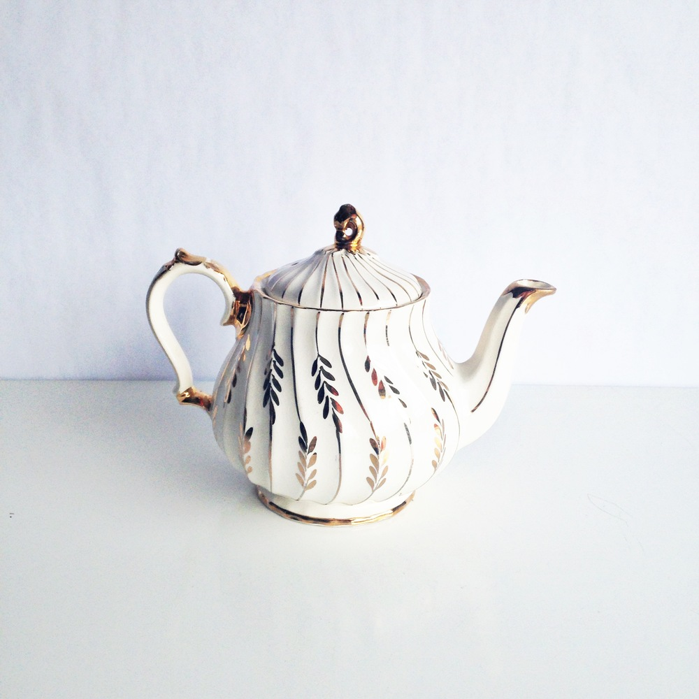 White + Gold Teapot