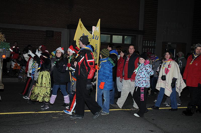 parade_img_0001_0049.jpg