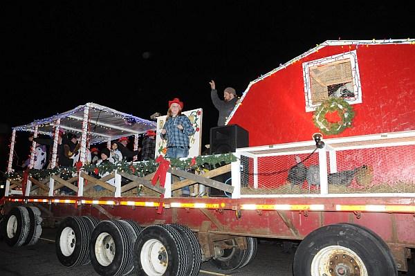 santa parade 2013_078.jpg