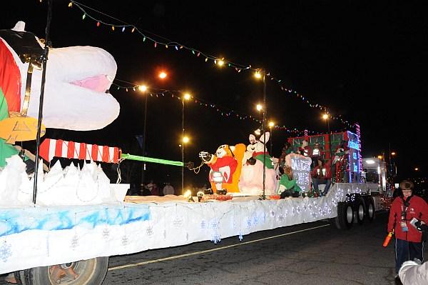 santa parade 2013_142.jpg