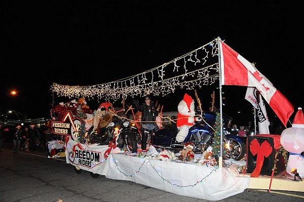 santa parade 2013_238.jpg