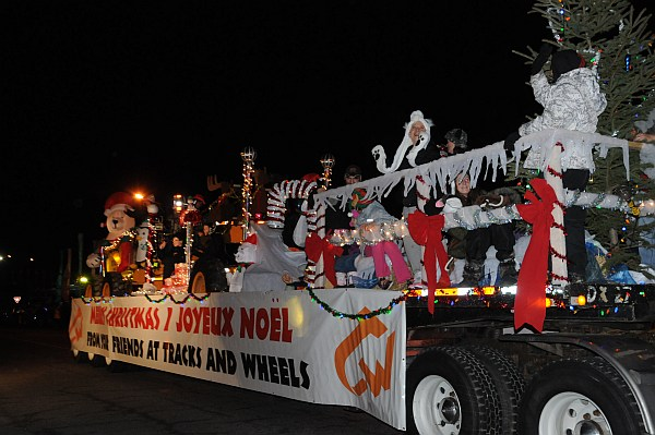 santa parade 2013_391.jpg